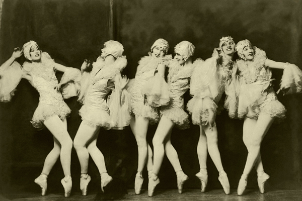 The Tiller Girls star in Ziegfeld Follies New York 1922